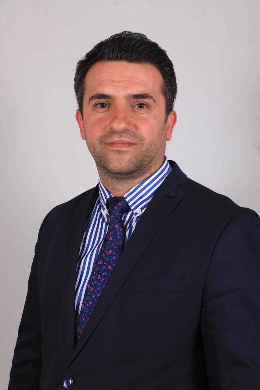 Selim Bezeraj