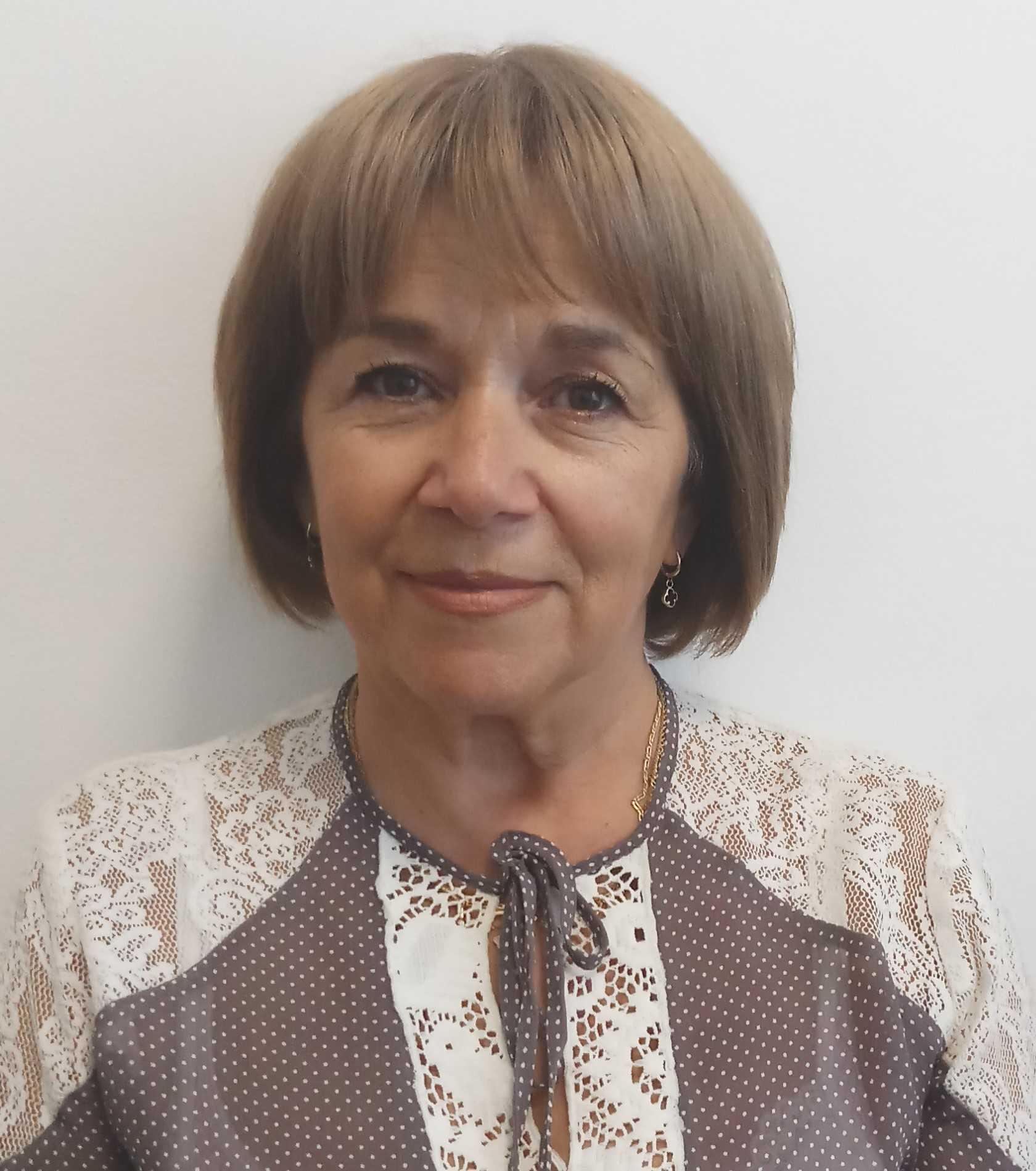 Suzana Canhasi